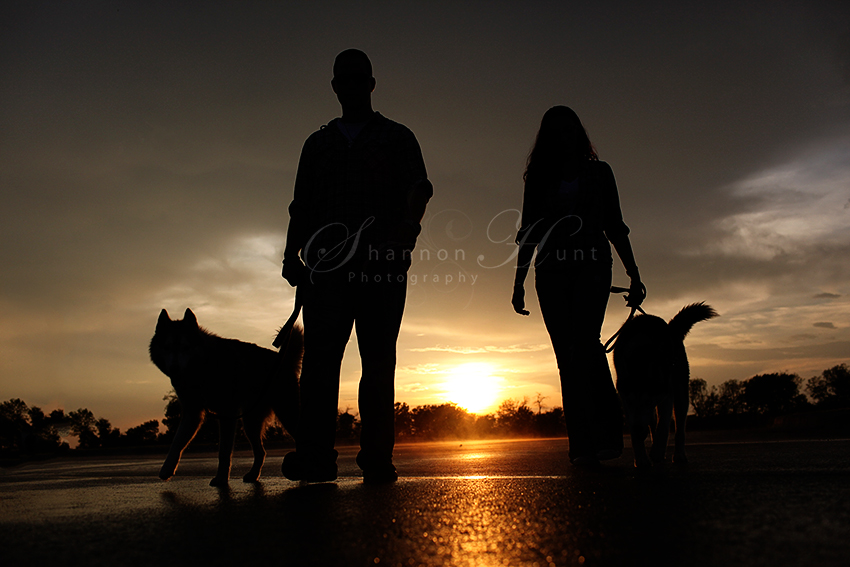 family and dogs by Temple TX photographer