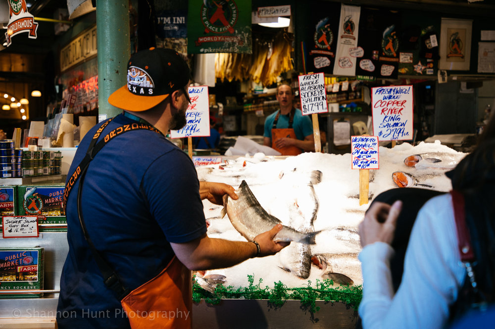 Fish throwing!!
