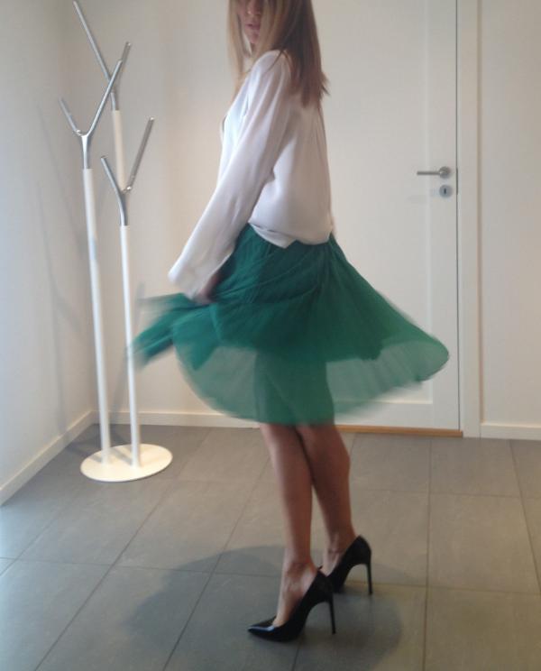 Last years summer skirt still good!  Baum und Pferdgarten skirt, Vince shirt, Saint Laurent shoes