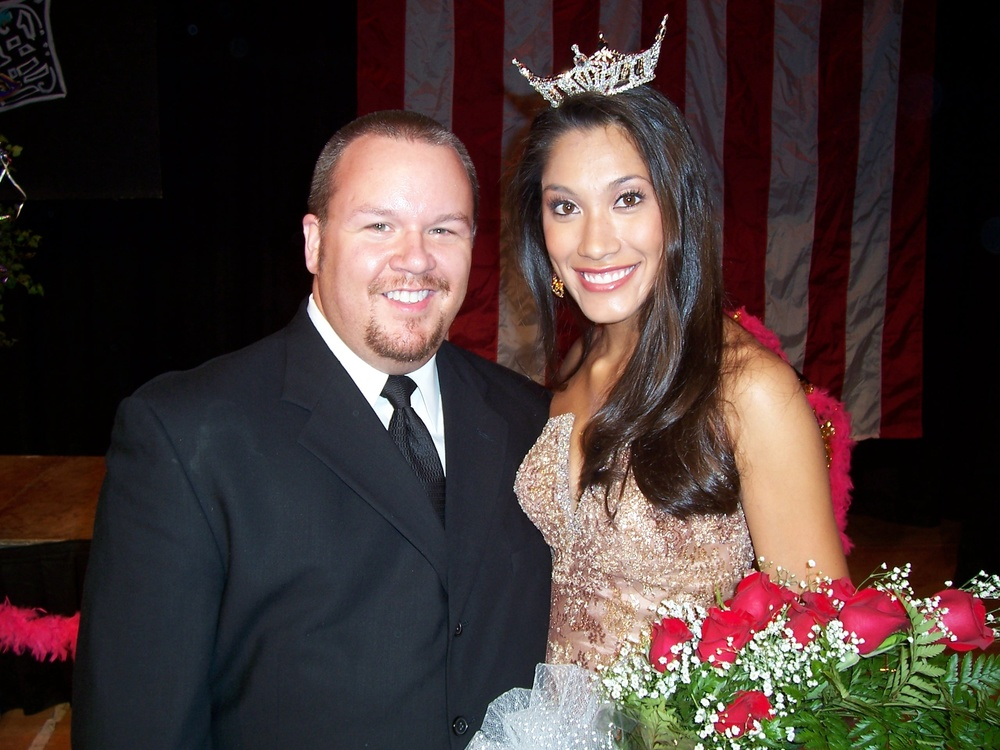 Amanda Kozak, Miss Georgia 2006, after winning her local preliminary Miss Valdosta, September 2005. Amanda later went on to be named 2nd Runner Up to Miss America 2007.