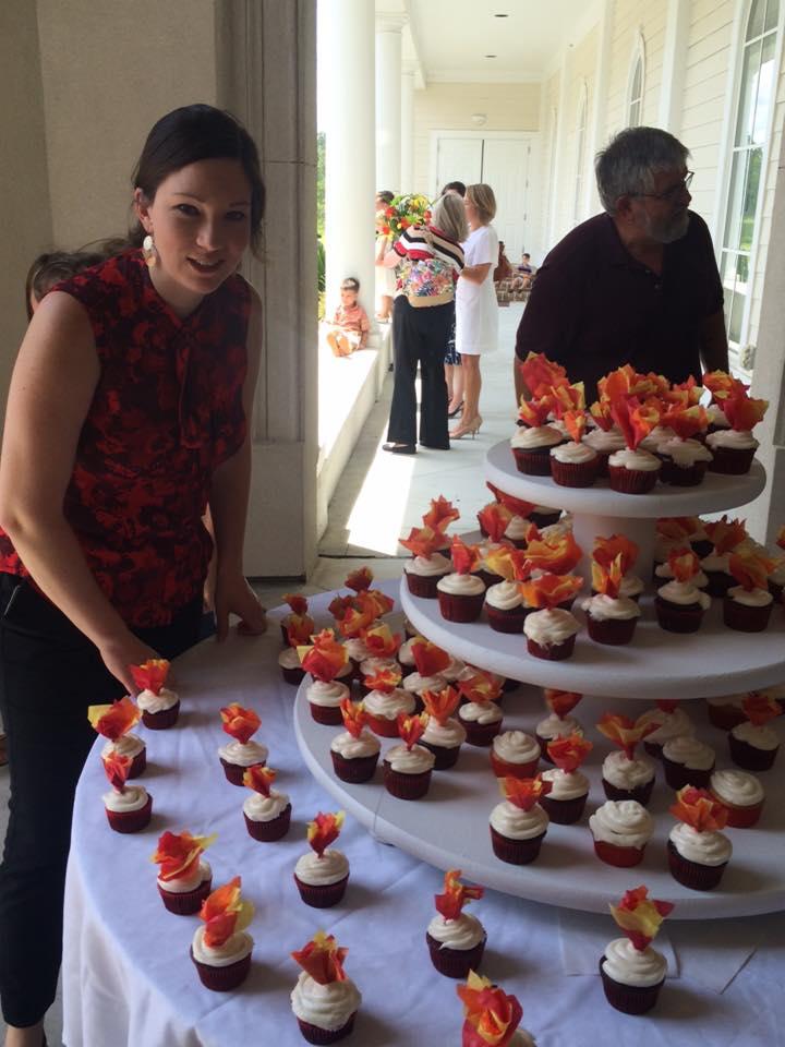 elizabeth and cupcakes.jpg