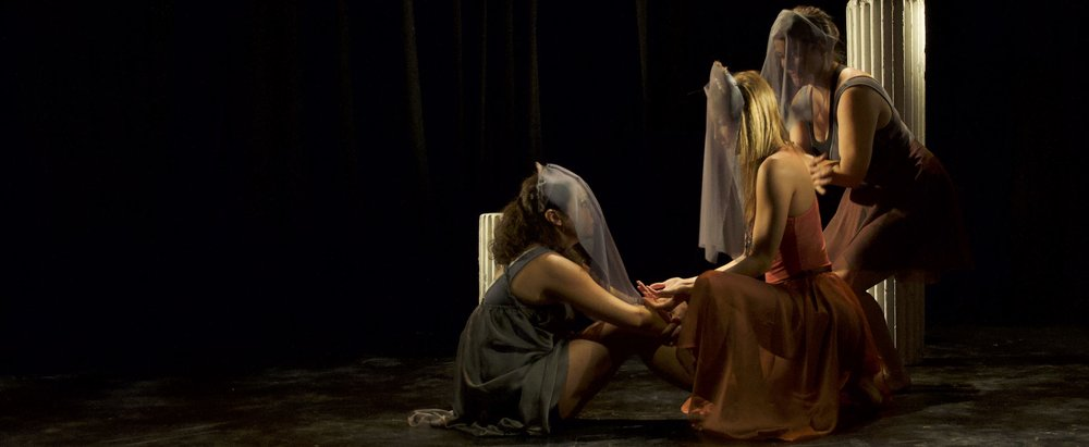 Marisa Brau, Alexis Kelley, Molly O'Keefe in  Ravishing . (cred. Dijon Jackson)