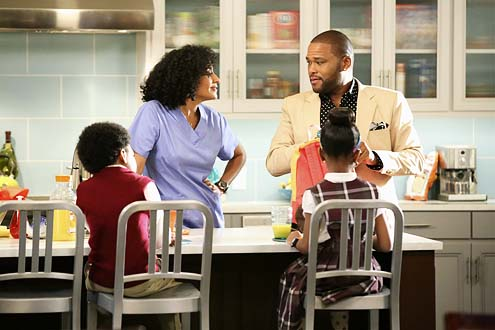 Ensemble cast - Anthony Anderson & Tracee Ellis Ross