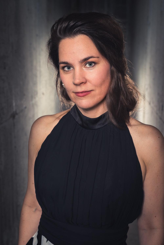 Laura McAlpine, Mezzo Soprano