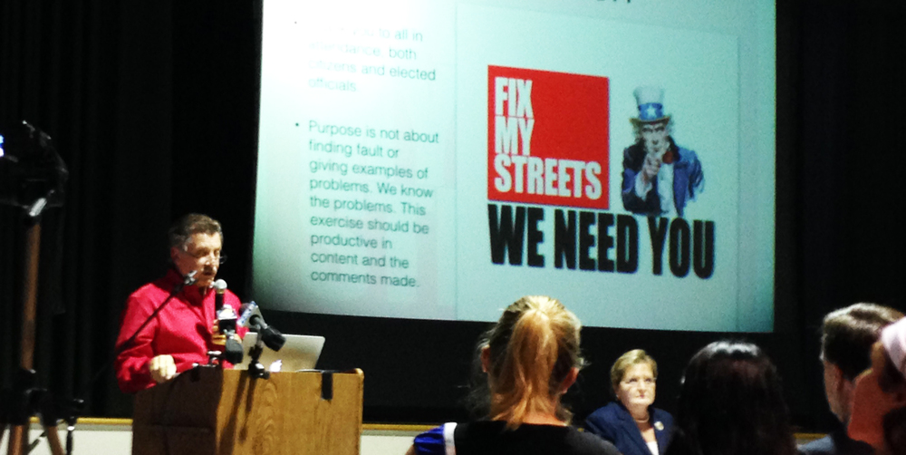 Robert Lupo speaks to over 600 attendees of the Fix My Streets Town Hall meeting in Lakeview on July 22nd, 2014
