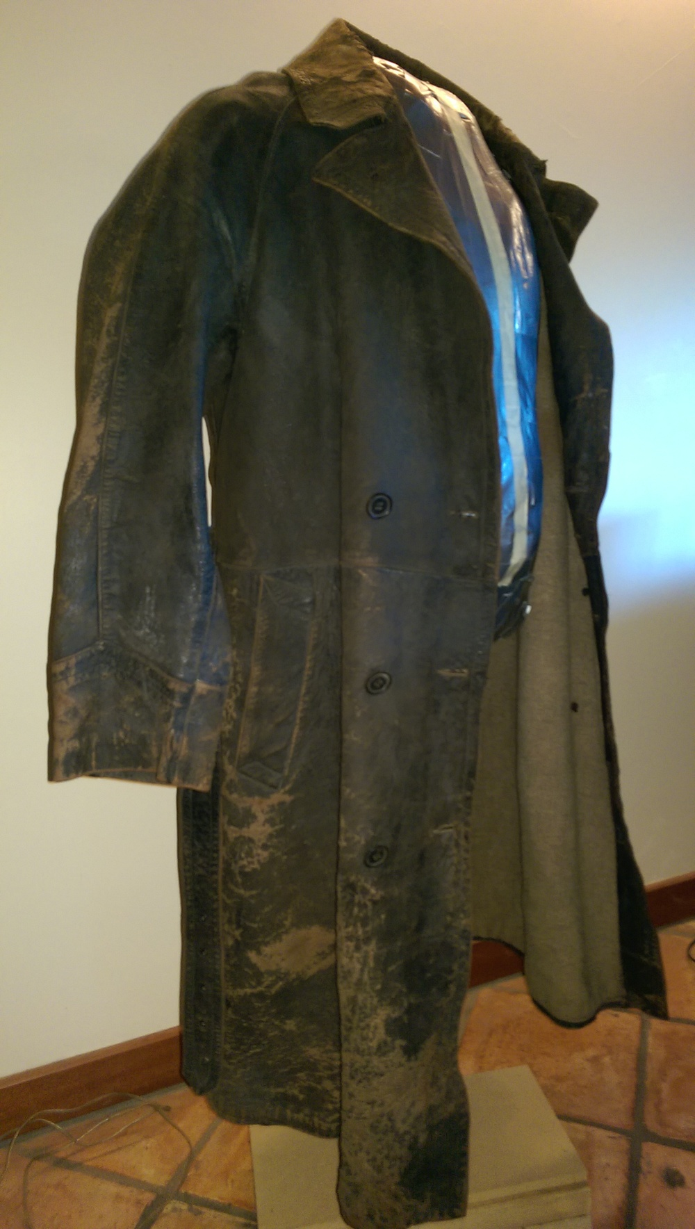 The overall look, details, and weathering are a match for the War Doctor's coat.