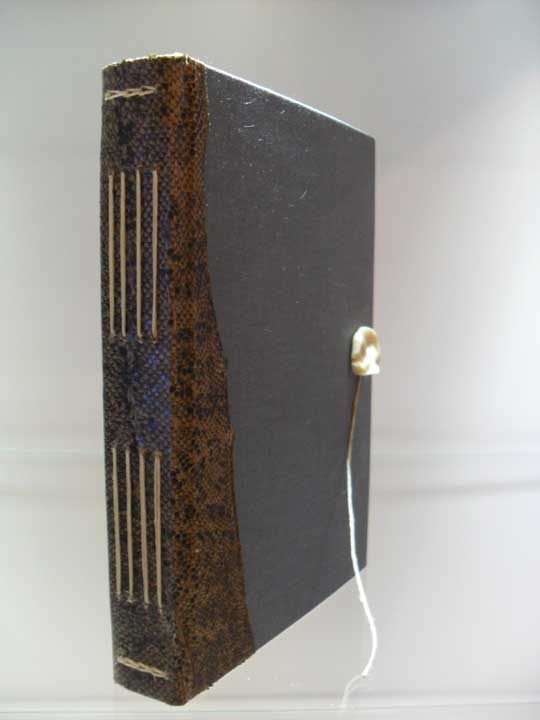 dski-design-longstitch-hardcover-4