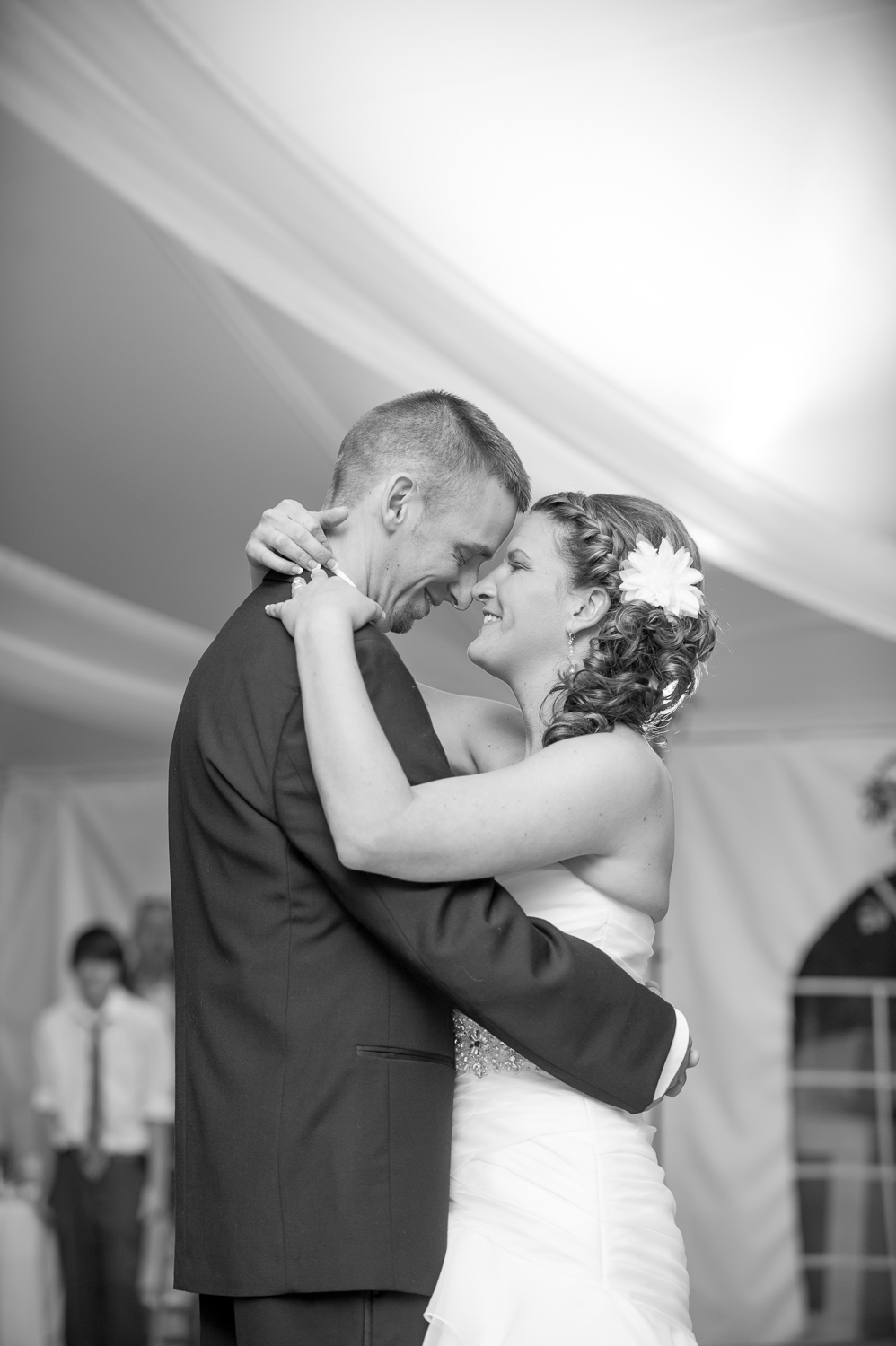 WeddingsJennAltonPhotography-09.jpg