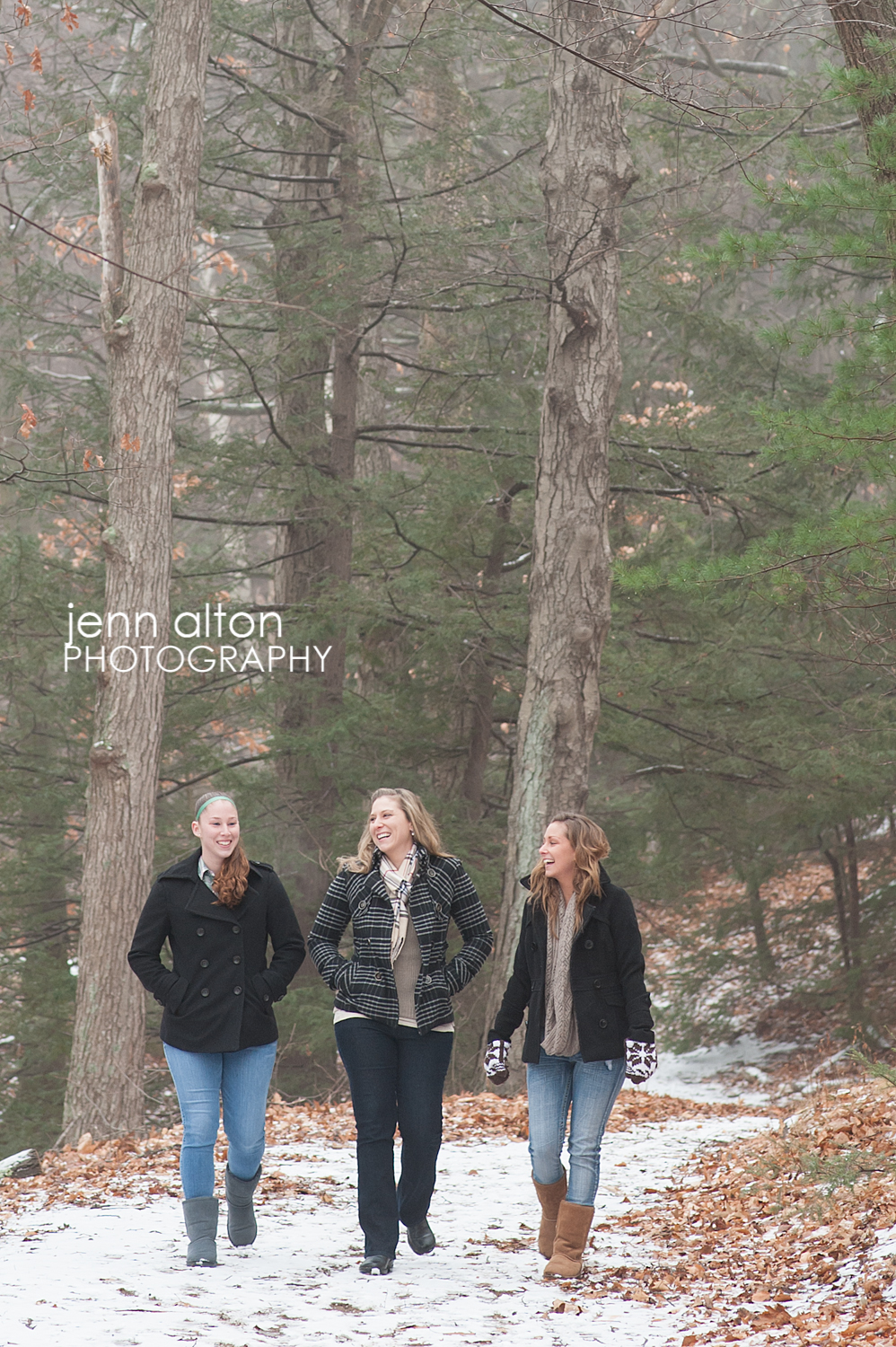 Three sisters natural outdoor portrait pose, Maudsley Park, Newburyport, MA