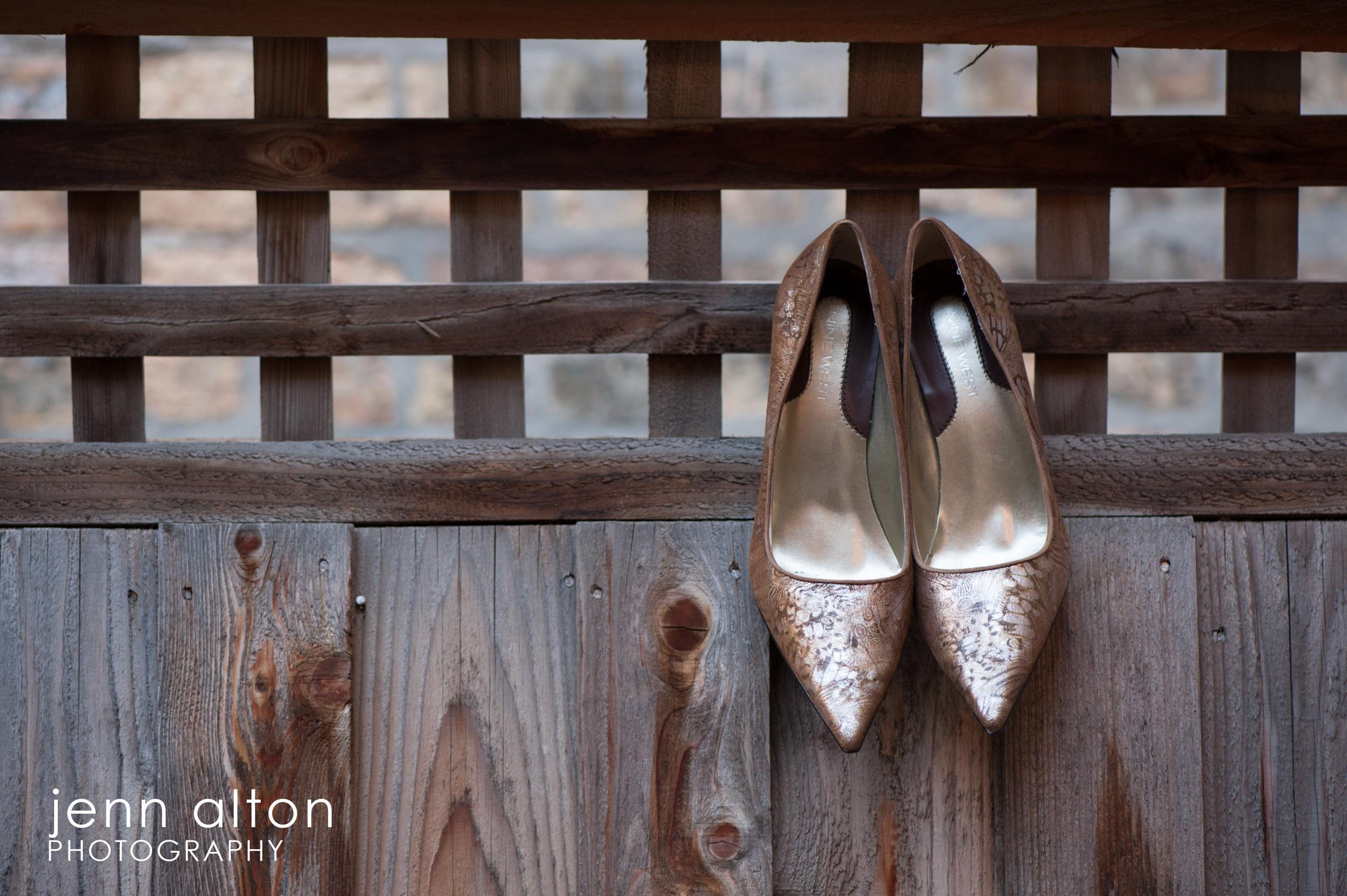 Brides shoes, detail