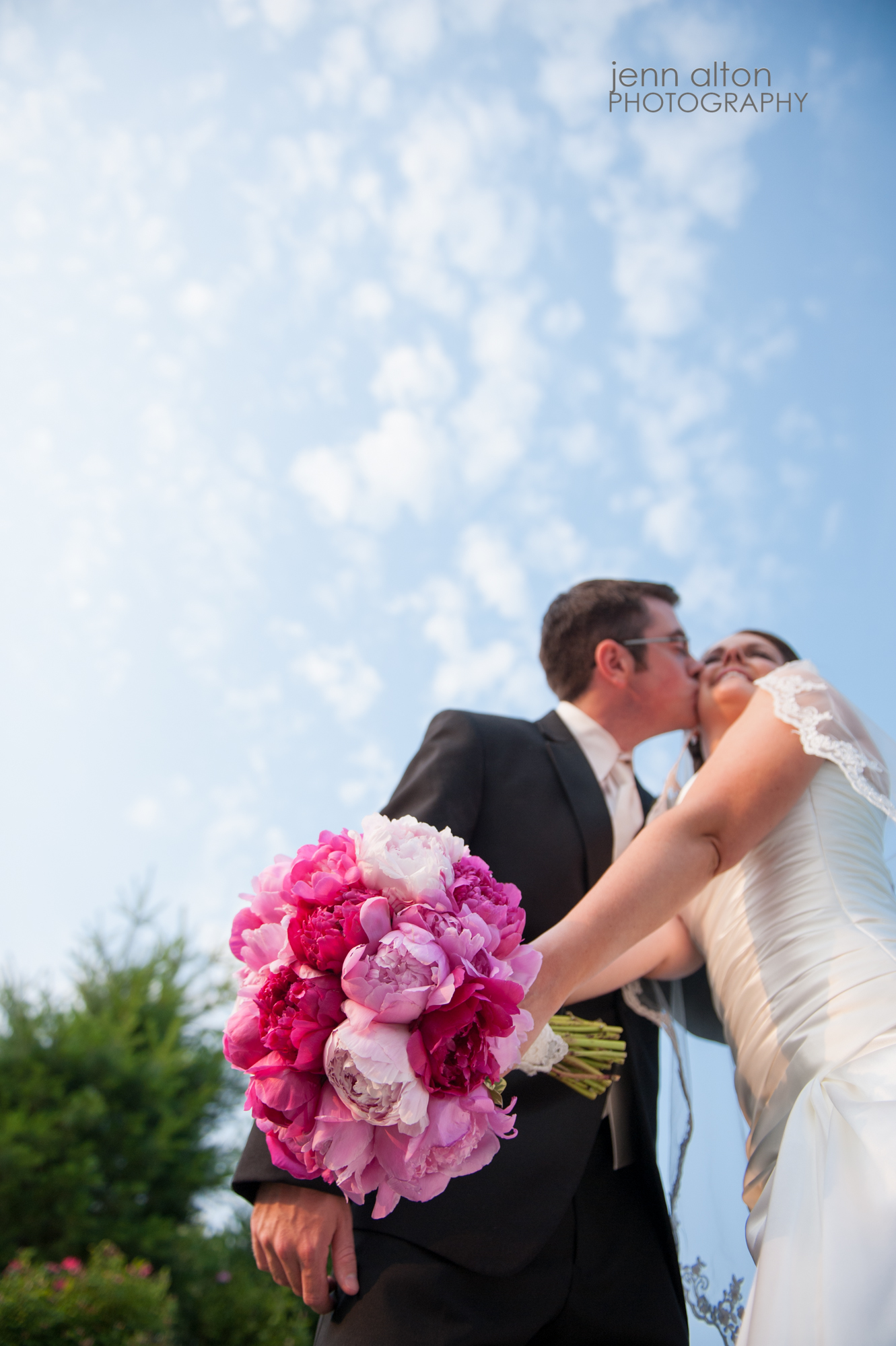 Bridal bouquet, pink, Merrimack Valley Golf Club Wedding