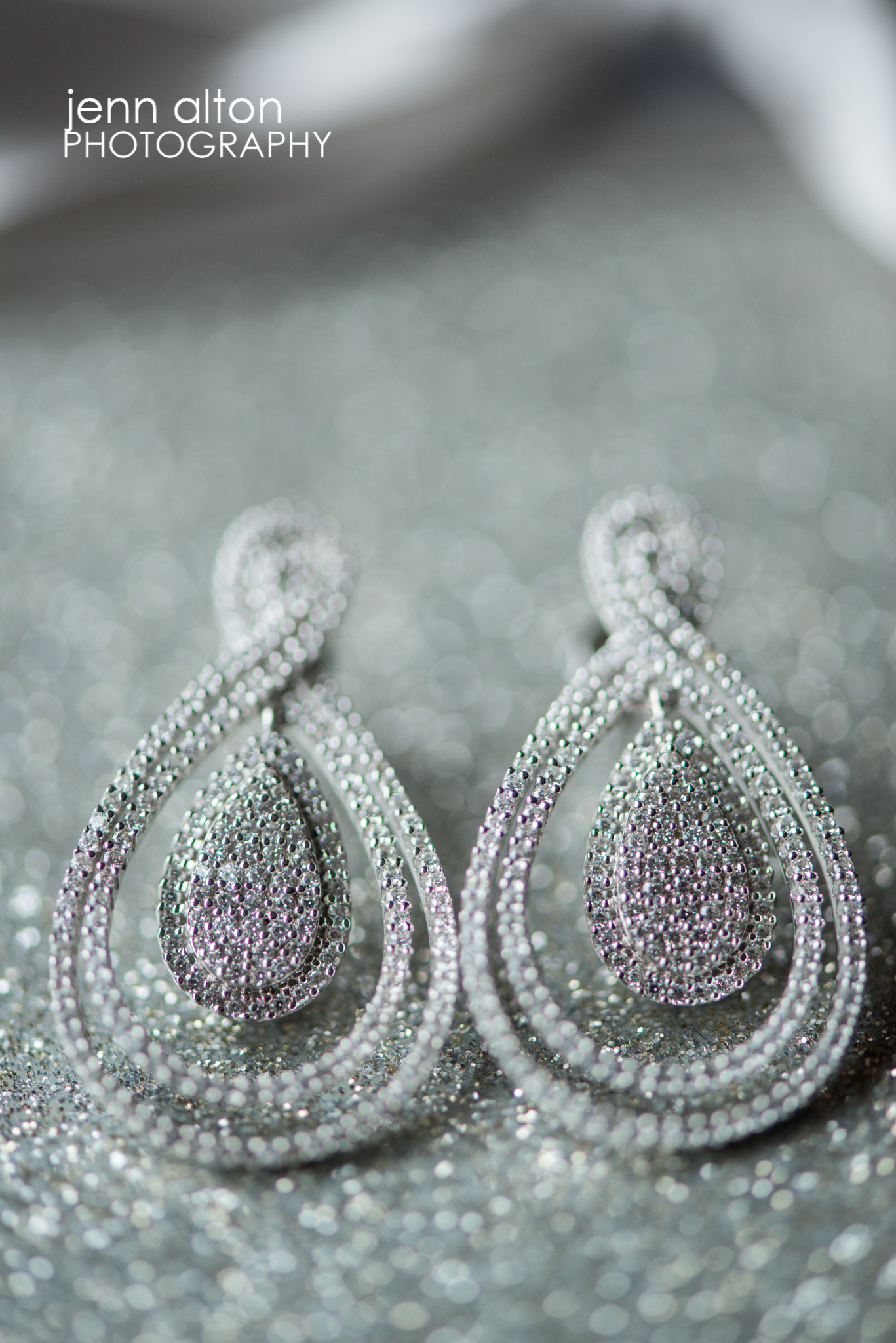 Bride's earrings detail