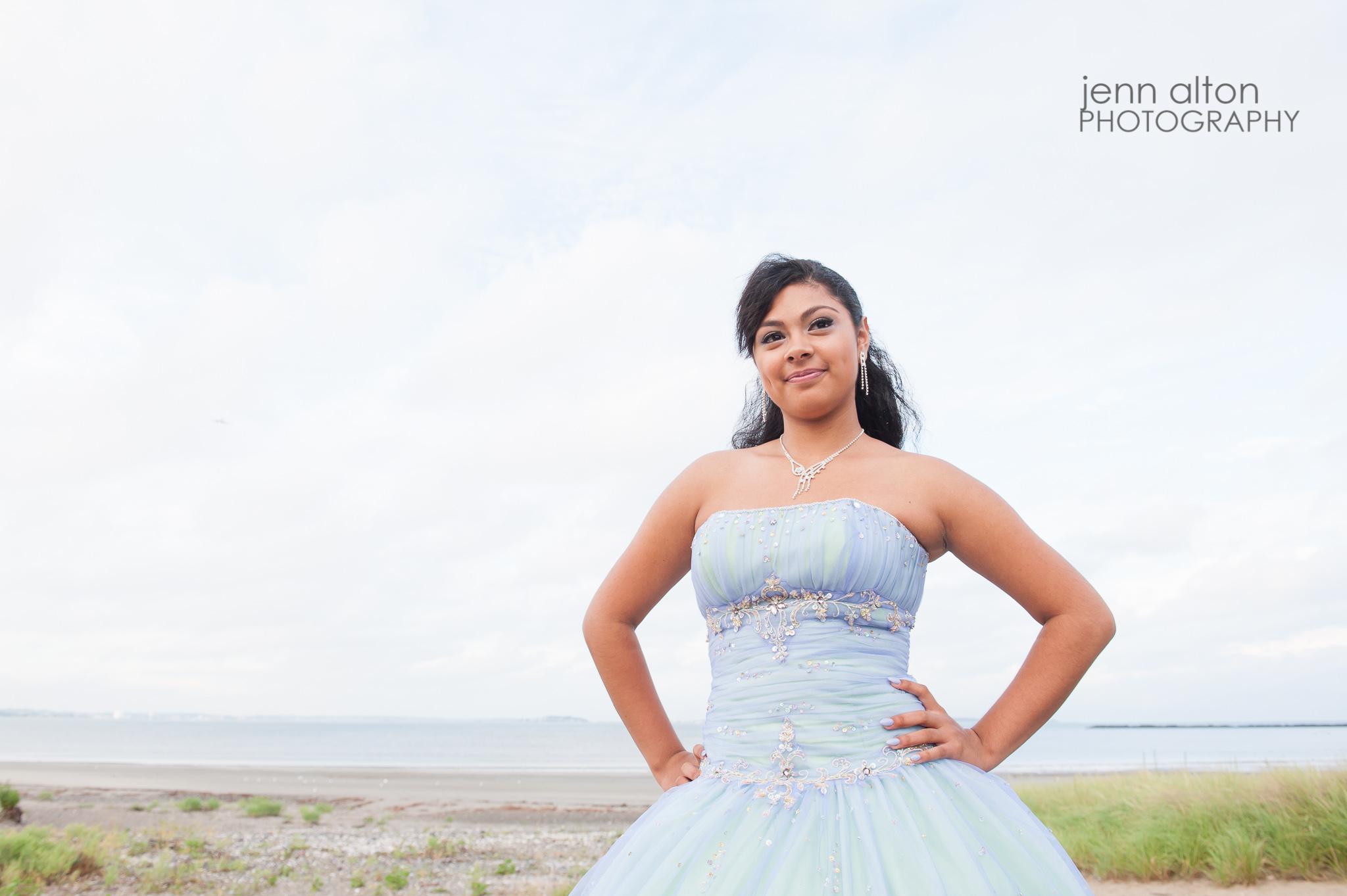 Quinceanera pose, Mis 15, Revere Beach