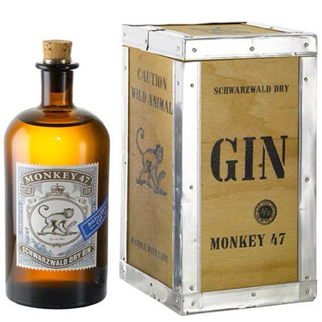 A curious gin from that Black Forest in Germany, Monkey 47 contains a whopping 47 botanicals and is bottled at 47% @monkey47_dry_gin  #littletipples #santahatessherry