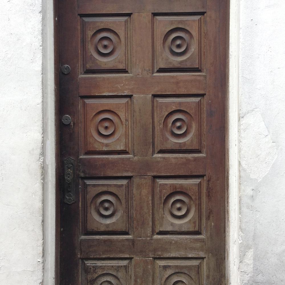 texture_door.jpg