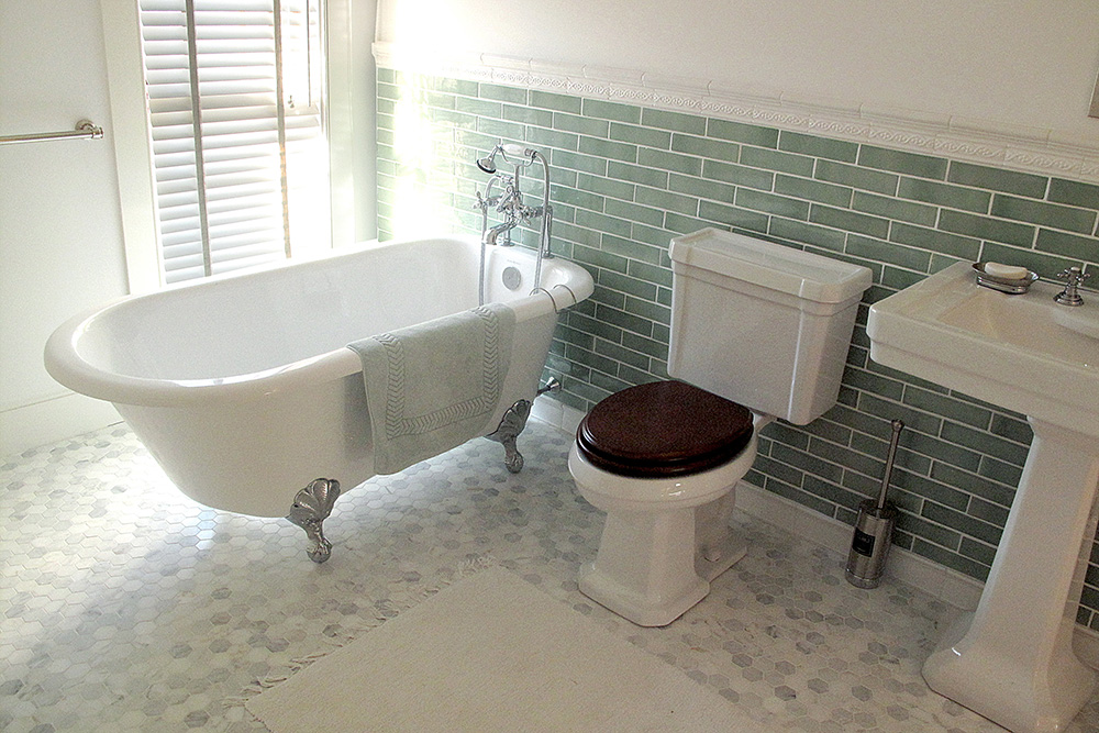 new_bath_0464.jpg