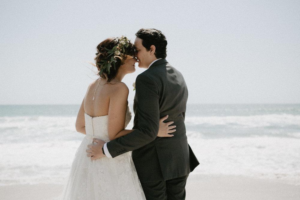 oceanside_airbnb_wedding-10.jpg