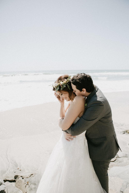 oceanside_airbnb_wedding-11.jpg