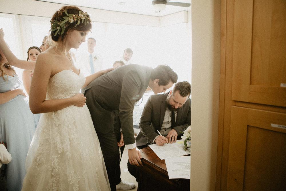 oceanside_airbnb_wedding-43.jpg