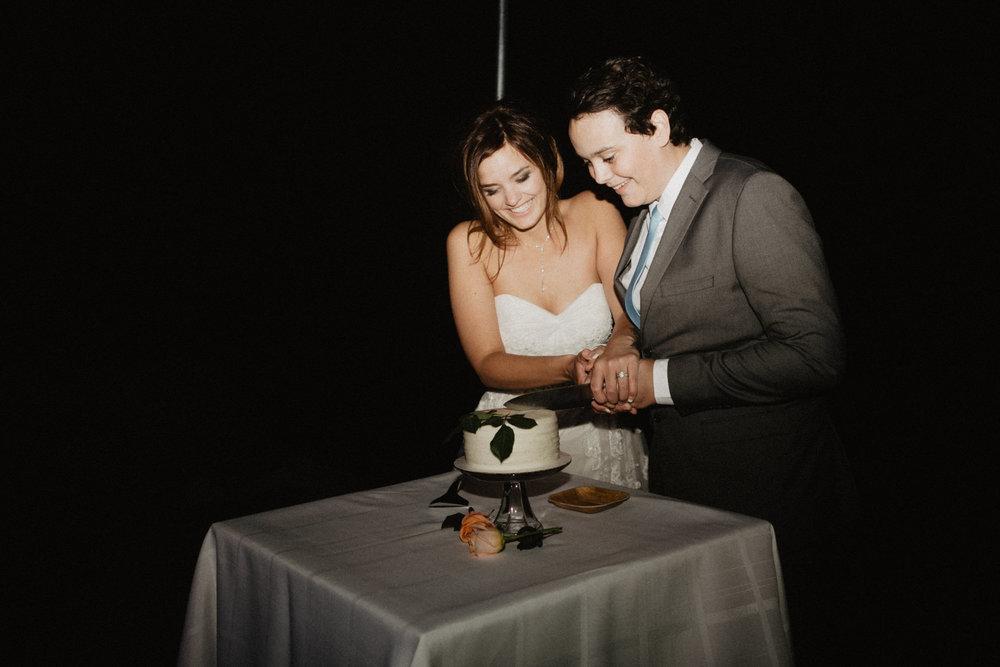 oceanside_airbnb_wedding-76.jpg