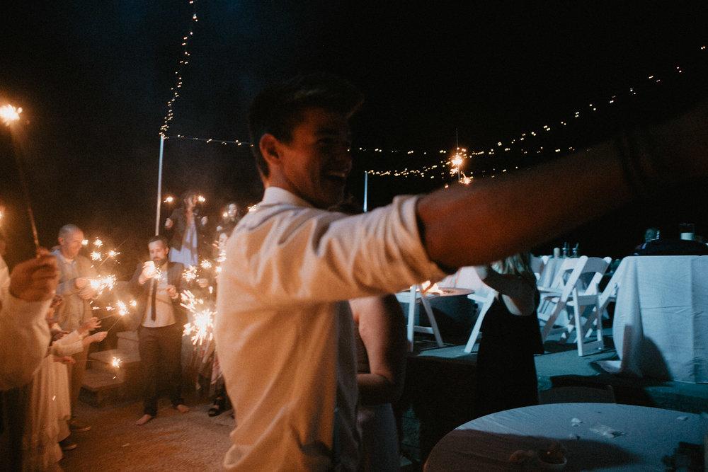 oceanside_airbnb_wedding-84.jpg