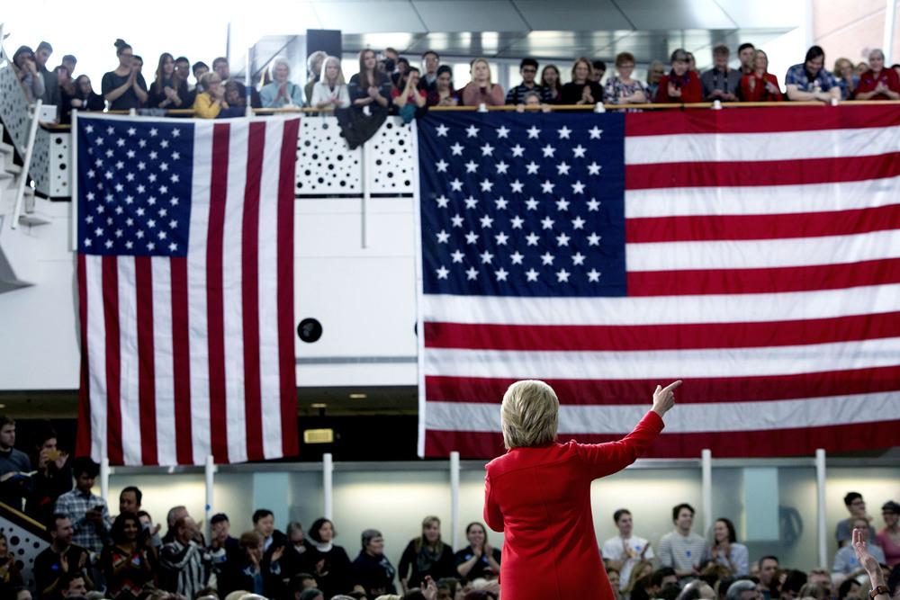 Hillary Clinton håller tal i Ames, Iowa.30 januari, 2016. Foto: Thomas Nilsson