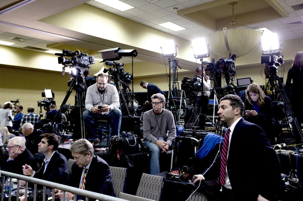Media väntar på Donald Trumps valvaka väntar på att valresultaten ska komma in. West Des Moines, Iowa. 1 februari, 2016. Foto: Thomas Nilsson