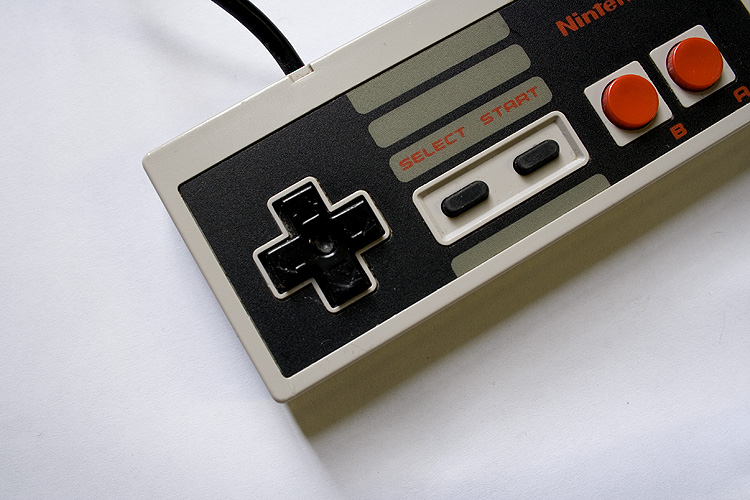 NES Controller 2   by  Mark Ramsay  ( CC BY-ND 2.0 )