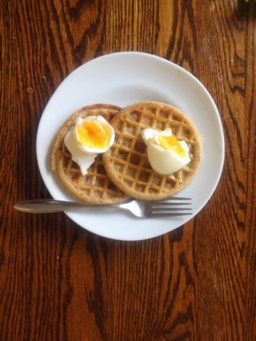 waffles-with-eggs