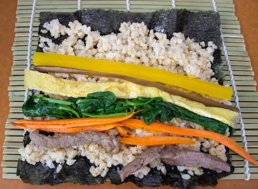 how-to-roll-kimbap