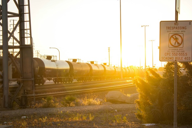 train-tracks-long-beach-sunset