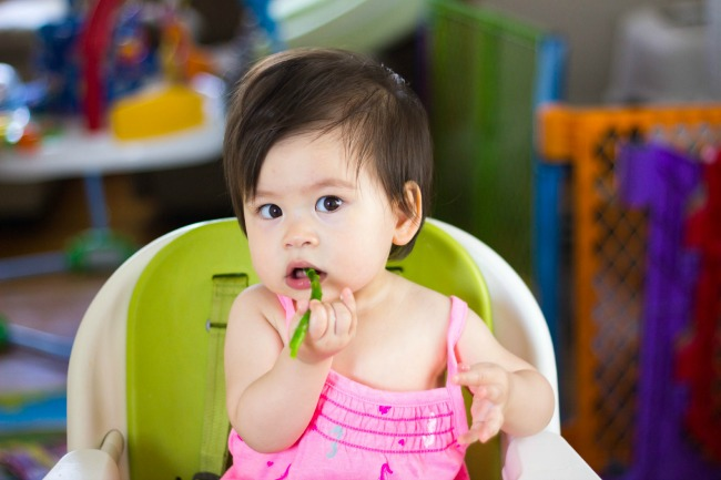 selah-eating-asparagus650.jpg