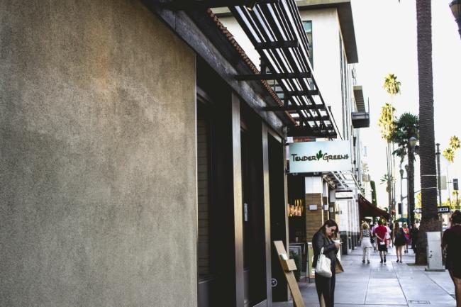 Tender Greens Cafe in Santa Monica