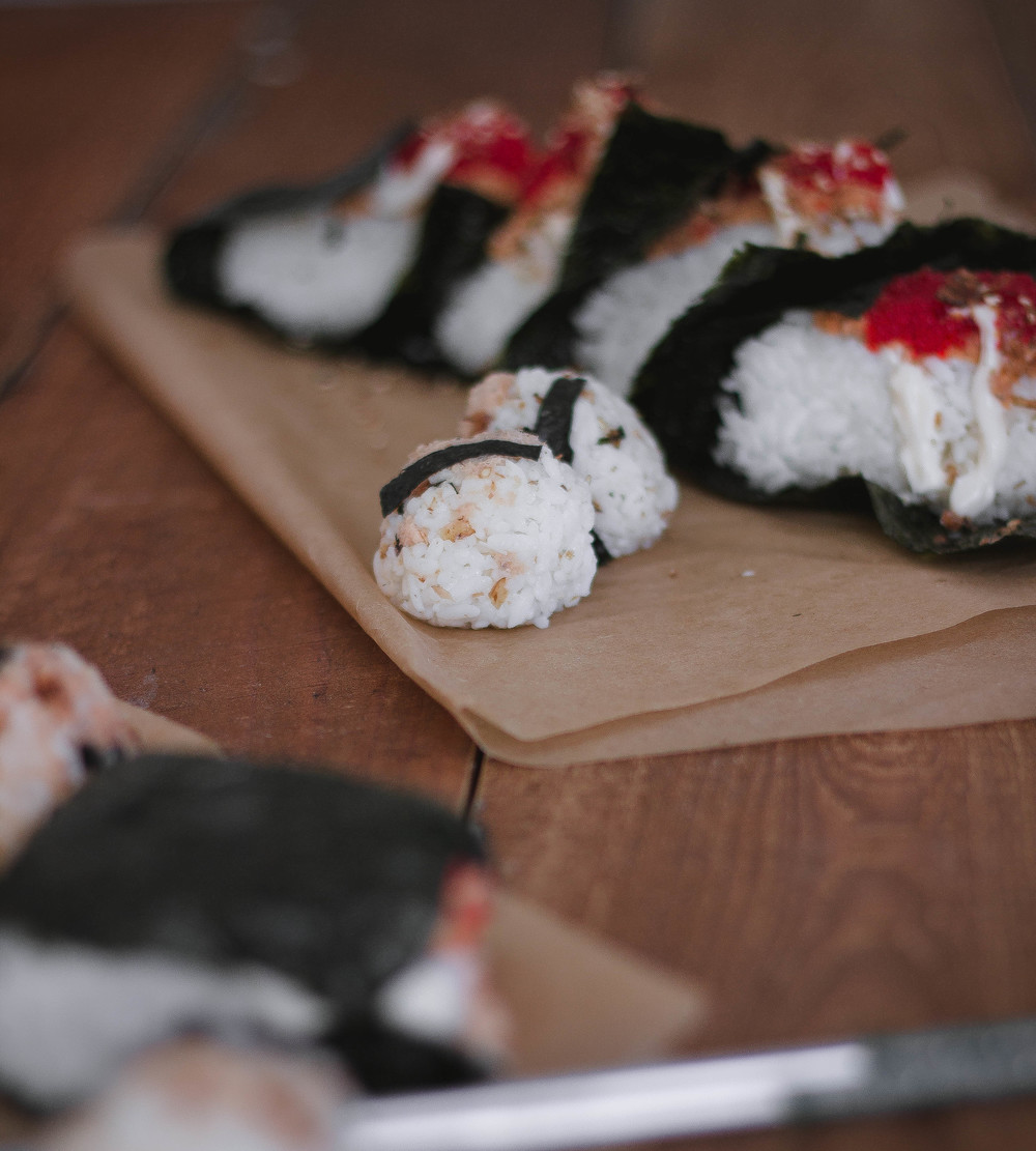 how to make omusubi like Sunnyblue in LA.jpg