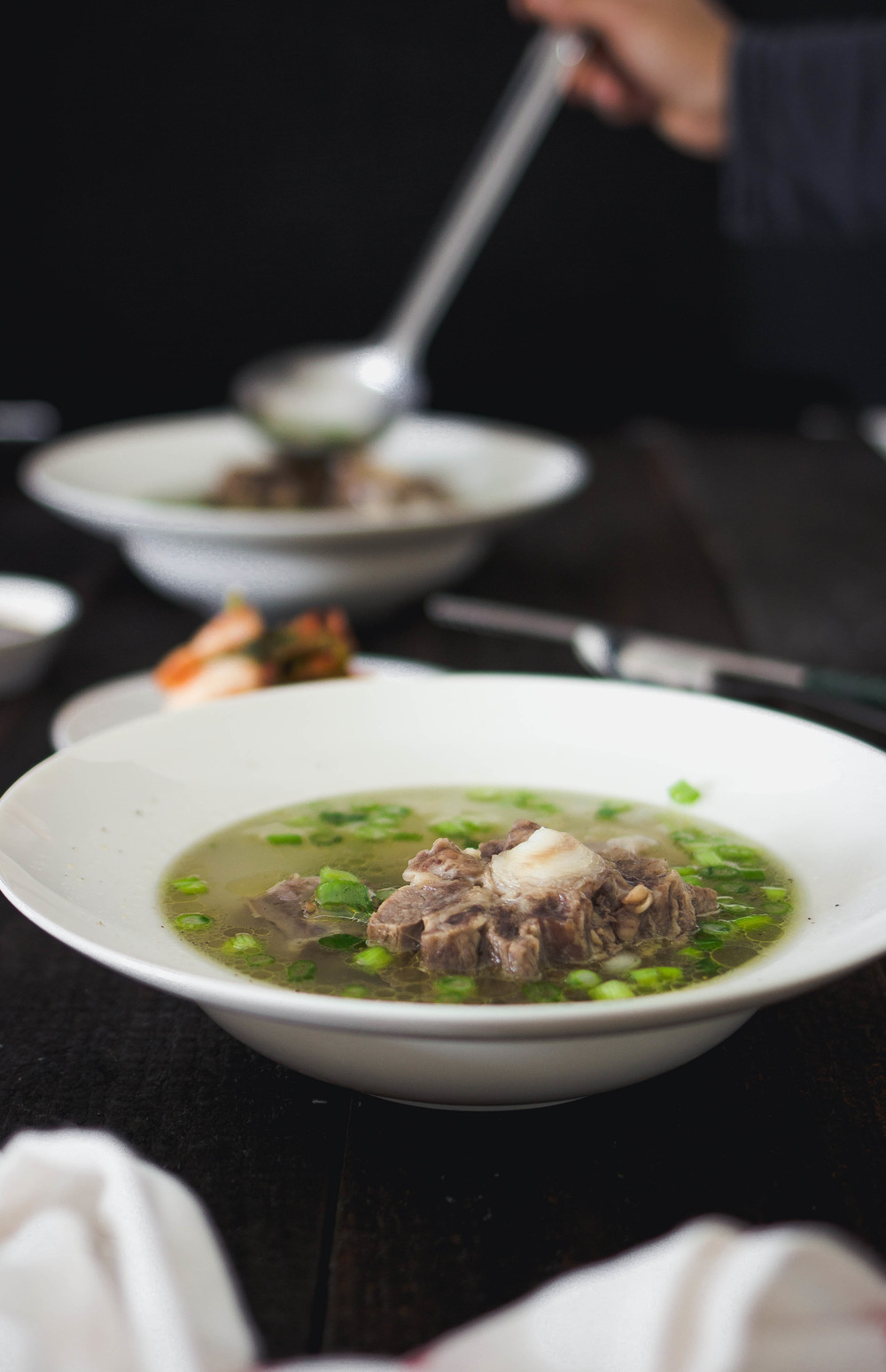 How to make Korean Oxtail Soup-Kkorigomtang.jpg