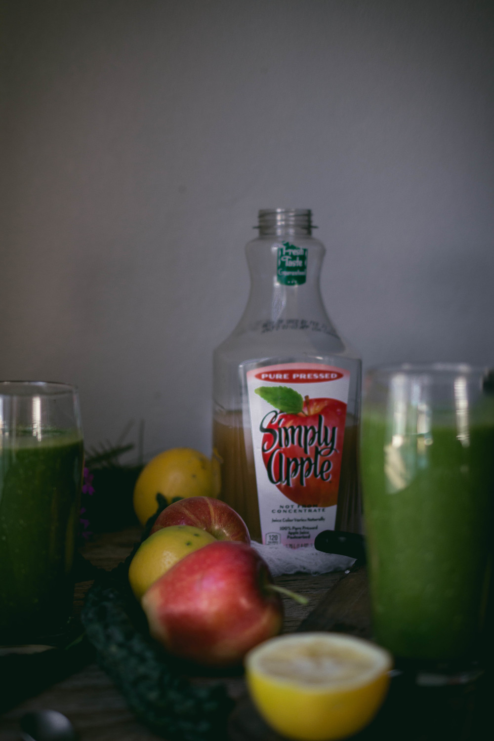 Kale Apple smoothie recipe with Simply Apple | by fit for the soul