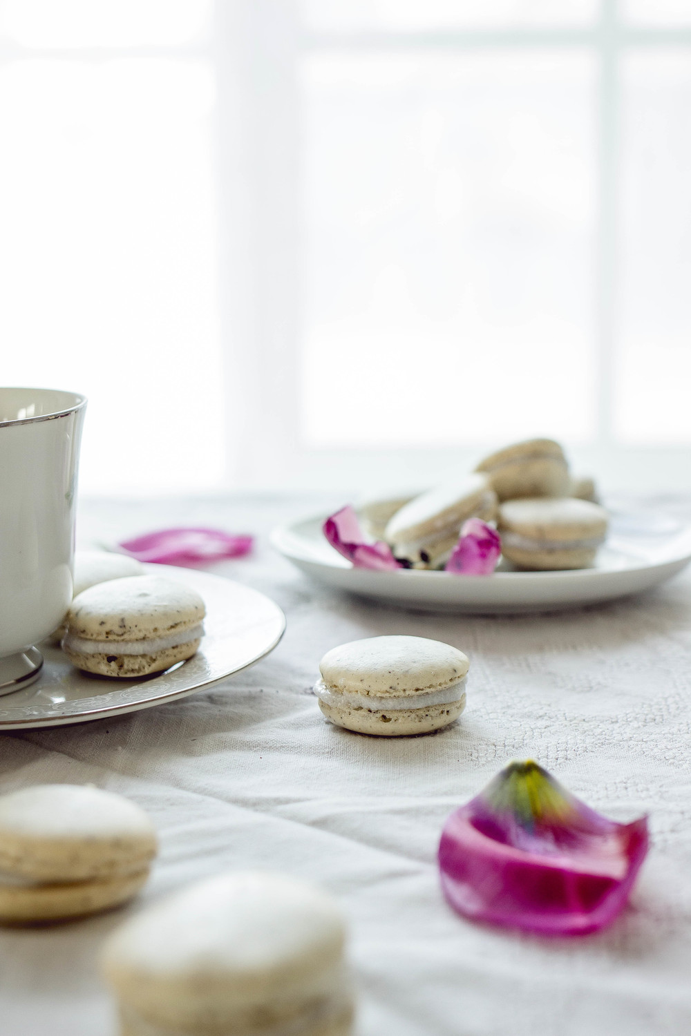 how to make chai tea with coconut filling macarons | by fit for the soul