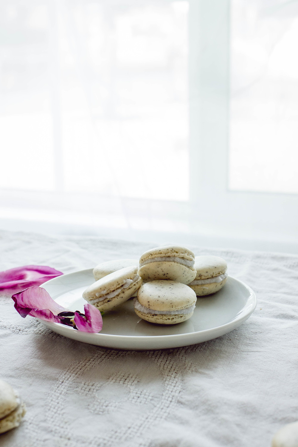chai tea with coconut filling macarons recipe | by fit for the soul