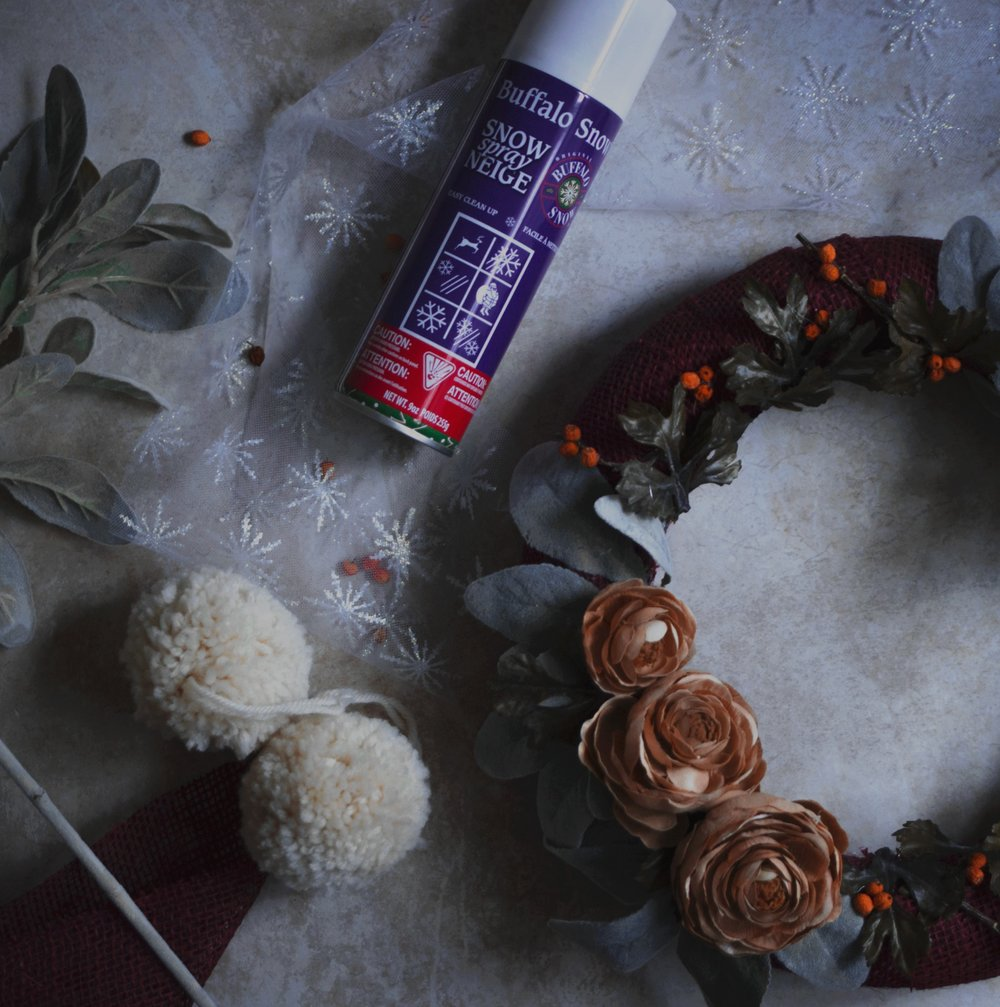 DIY Christmas wreath with artificial flowers | from scratch, mostly