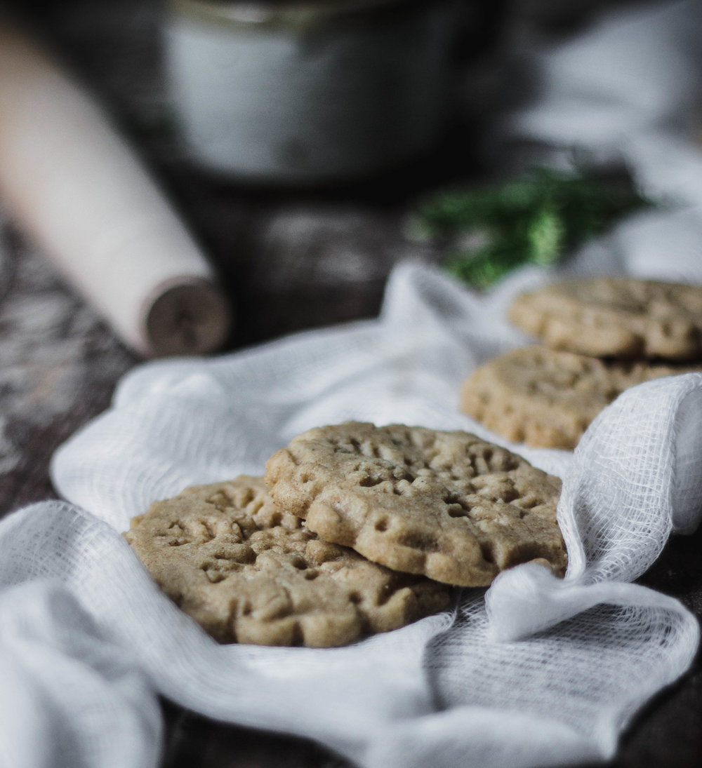Spiced Peppernut shortbread for Christmas | from scratch, mostly