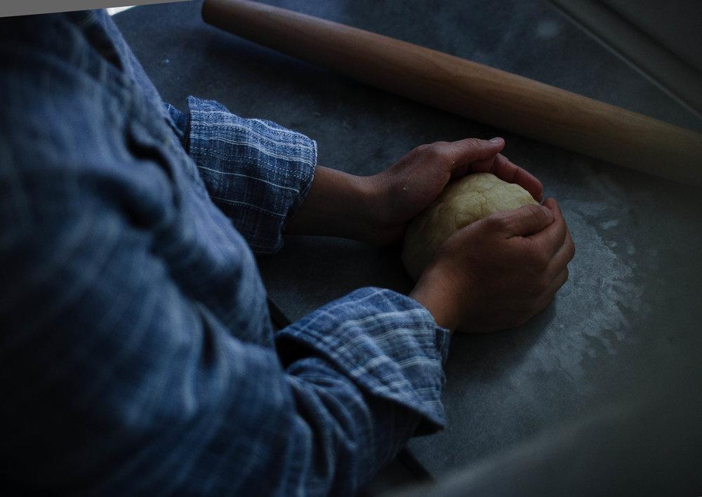 como hacer masa de empanadas | from scratch, mostly