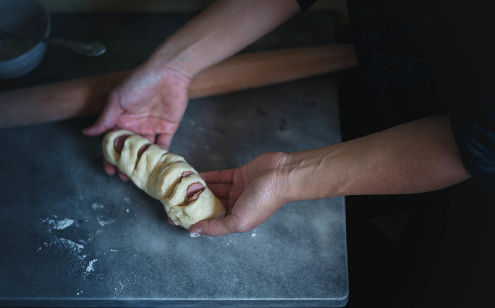 koreansausagebreadprocess-2.jpgHow to make Korean sausage bread with intricate shapes--tangzhong method dough | from scratch, mostly