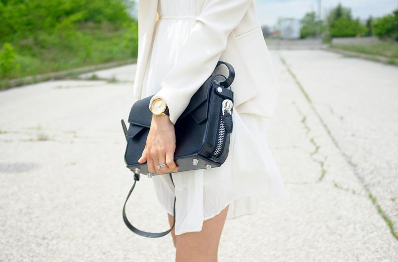 WoahStyle.com | Aritzia & Alexander Wang Trifold bag