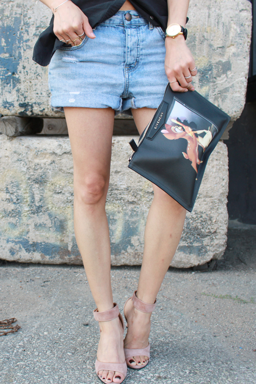 WoahStyle.com | Givenchy Antigona Bambi pouch, Givenchy nude shark lock sandals, denim shorts and black button up shirt. Street Style