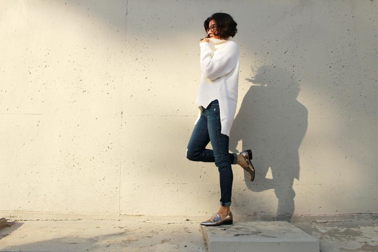 WoahStyle.com | Aritzia Lin Sweater #FallForUs