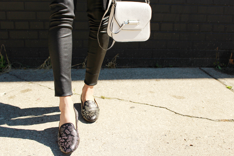 WoahStyle.com | Mackage leather leggings and white Novaki bag, Saint Laurent babycat loafers #streetstyle