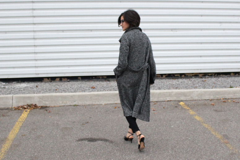 WoahStyle.com | The Free Island super skinny jeans, Aritzia coat and Alexander Wang shoes