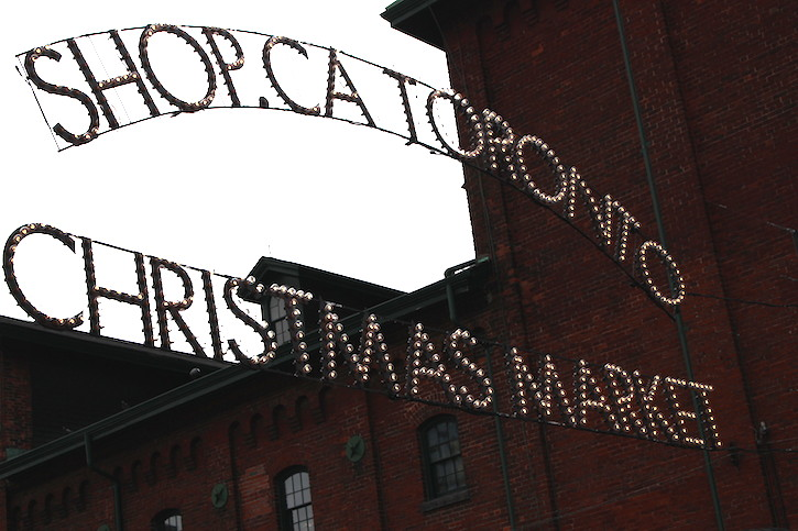 WoahStyle.com | Christmas Market at The Distillery District Toronto