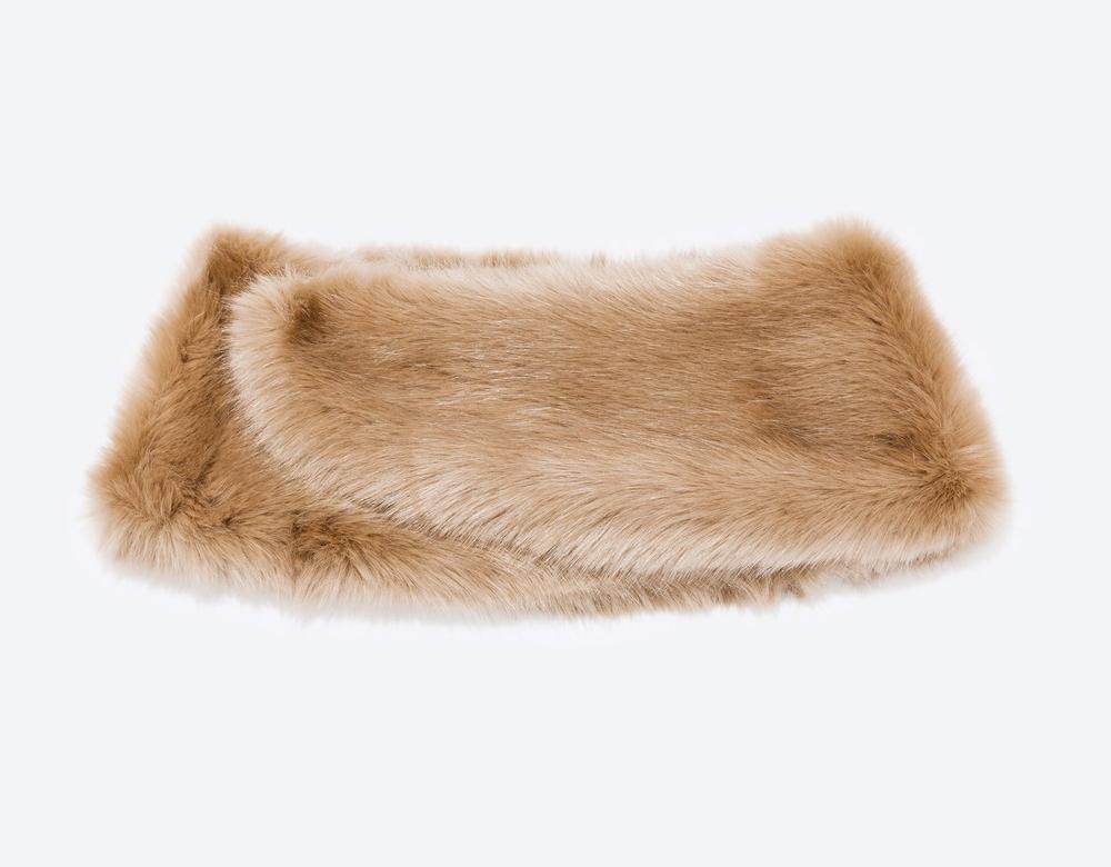 WoahStyle.com | Zara Faux Fur Stole