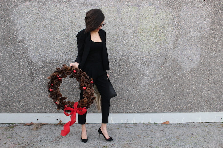 WoahStyle.com | Dressing for the Holidays in a black suit #streetstyle, Givenchy Bambi pouch